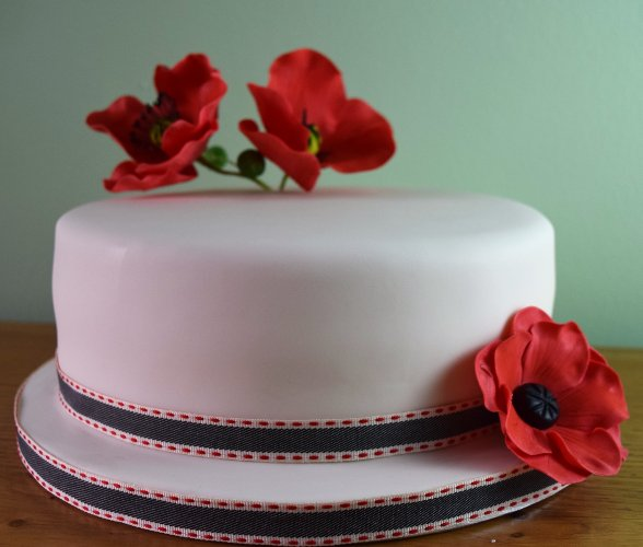 wedding cakes horsham zoes cake studio birthday poppys zoe s cake studio 24506