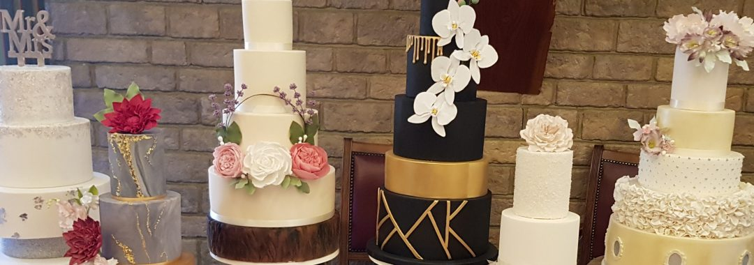 Zoes_cake_studio_Wedding_Cake_table_1_west_sussex